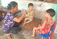Xin giúp hai bé mồ côi tiếp tục được đến trường