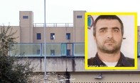 Trùm mafia Ý cắn đứt rồi nuốt ngón tay của lính gác nhà tù