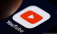YouTube kéo dài lệnh cấm kênh của ông Trump