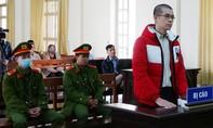 """Hiệu trưởng lập trường cao đẳng """"chui"""", cấp hơn 500 bằng giả, lãnh 15 năm tù"""