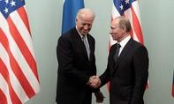 Biden lần đầu điện đàm với Putin