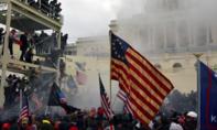"""Điện Capitol """"thất thủ"""": Quốc hội Mỹ tạm hoãn xác nhận phiếu Cử tri đoàn"""
