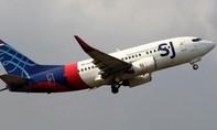 Máy bay Boeing 737 của Indonesia chở 62 người rơi xuống biển