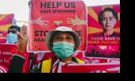 Đụng độ trong biểu tình ở Myanmar khiến nhiều người bị thương