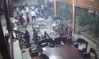 Vụ clip côn đồ vào nhà chém người mùng 1 Tết: Bắt các nghi phạm