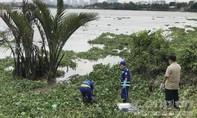 Công an quận 12 tìm thân nhân cho 2 người chết trên sông