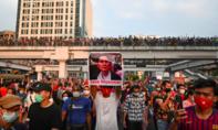 """Hàng chục ngàn người biểu tình """"tẩy chay"""" đảo chính ở Myanmar"""