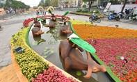 """Loạt ảnh """"thế giới trâu"""" ở đường hoa Nguyễn Huệ"""