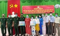 Doanh nghiệp Phú Quốc tặng 300 triệu đồng phòng chống Covid-19