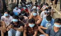 """Cảnh sát chèo ghe, vây bắt 49 đối tượng tại trường gà của Thanh """"bầu cua"""""""