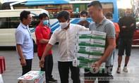 Người dân Pleiku quyên góp sữa cho ông Đoàn Ngọc Hải