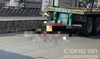 Xe máy dính vào đuôi xe đầu kéo ở Sài Gòn, thanh niên tử vong
