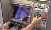 Phá băng dùng hàng trăm CMND giả làm thẻ ATM ở Sài Gòn