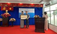 PNJ trao 1 tỷ đồng hỗ trợ phụ nữ khó khăn do tác động đại dịch