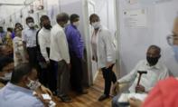 Iran bất ngờ phong toả chống dịch Covid-19 khi tình hình nghiêm trọng