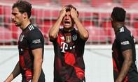 Bất ngờ bại trận, Bayern lỡ cơ hội vô địch sớm Bundesliga