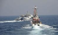 Tàu Mỹ bắn cảnh cáo các tàu tấn công của Iran trên Vịnh Ba Tư