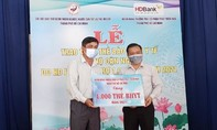 HDBank tặng người dân Bến Tre 1.500 thẻ BHYT