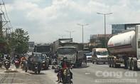 Liên tiếp xảy ra 2 vụ tai nạn trên QL51, giao thông ùn tắc nghiêm trọng