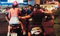 Tên cướp giật sa lưới khi vừa gây án ở trung tâm Sài Gòn