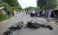 Hai xe máy đối đầu, 2 người chết, 2 người bị thương nặng