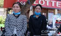 Nhóm nữ quái móc trộm 15 ĐTDĐ của du khách chơi lễ tại chợ đêm Đà Lạt