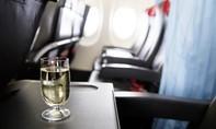 Hai hãng bay Mỹ ngưng phục vụ đồ uống có cồn vì tiếp viên bị hành hung