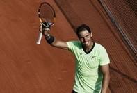 Nadal vào bán kết Roland Garros