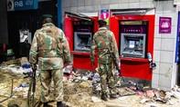 Bạo loạn bùng phát ở Nam Phi khiến ít nhất 72 người thiệt mạng