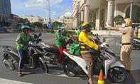 TPHCM: Bị phạt 2 triệu đồng, người đàn ông đi ôtô cự cãi hơn 30 phút