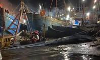 Lũ quét làm chìm hơn 20 tàu cá, 1 sà lan