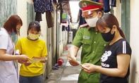 Gần 100 Cảnh sát PCCC hỗ trợ quận Bình Thạnh chống dịch