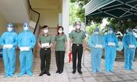 Lãnh đạo Công an TPHCM thăm hỏi, tri ân các y bác sĩ bị nhiễm Covid-19