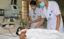 Cứu sống bệnh nhân bị thương nặng do nổ mìn đánh cá