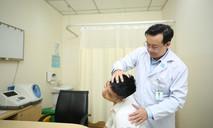 Bác sĩ khuyến cáo những quan điểm dân gian sai lầm điều trị thoát vị đĩa đệm