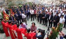 Công ty Phượng Hoàng tặng 300 triệu đồng cho hộ nghèo