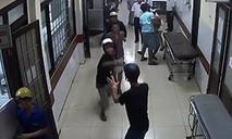 Xông vào trạm y tế xã đâm đối thủ tử vong