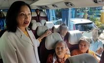 Bệnh viện thuê xe đưa bệnh nhân nghèo về quê đón Tết, cử y tá đi theo