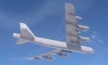 Clip chiến đấu cơ Nga chặn B-52 của Mỹ tiếp cận biên giới