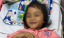 Bé gái dân tộc mắc bệnh hiếm khiến tim đập 200 lần/phút