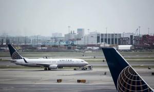 Lại thêm hành khách bị mời khỏi chuyến bay của United Airlines