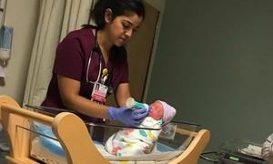 Ca sĩ Vy Oanh sinh con trai thứ hai tại Mỹ