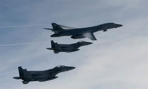 Dằn mặt vụ thử tên lửa, Mỹ lại điều máy bay ném bom đến Hàn Quốc