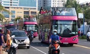 Khai trương xe buýt du lịch 2 tầng đầu tiên tại Việt Nam