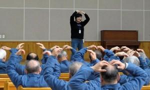 """Làn sóng tội phạm """"đầu bạc"""" phản ánh góc tối xã hội Hàn Quốc"""