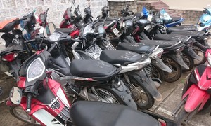 Công an Quận 8 tìm chủ sở hữu 2 xe máy tang vật