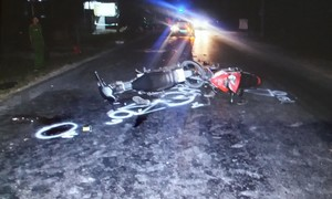 Hai xe máy tông trực diện, một người tử vong