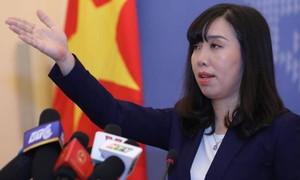 Phản đối Trung Quốc lắp đặt thiết bị tác chiến điện tử trên đá Chữ Thập và đá Vành Khăn