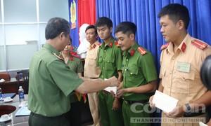 Bắt tội phạm, 6 cán bộ chiến sĩ Công an TP.HCM bị phơi nhiễm HIV