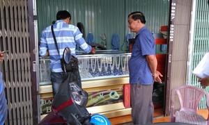 Nghi vấn trộm đột nhập tiệm bạc lấy tài sản lớn